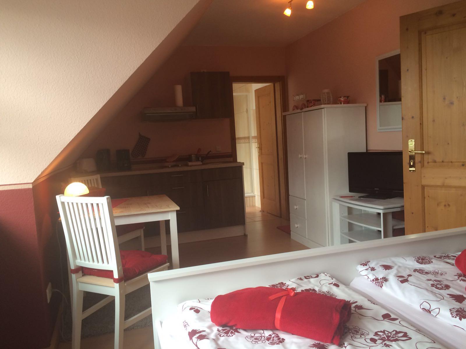 Haus Friesenglück in Kolkerheide, Nordfriesland – Ferienwohnungen und Ferienapartments – Ferienapartment 3 (rot) - Innenansicht 5